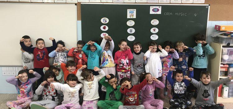 Rei Carnestoltes dia 2 – Venir a l'escola amb pijama