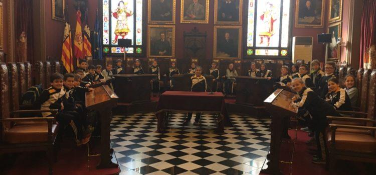 4t de primària visita l'Ajuntament de Palma